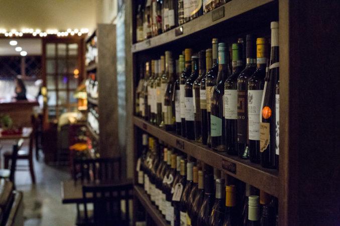 Stoney's Wine Lounge